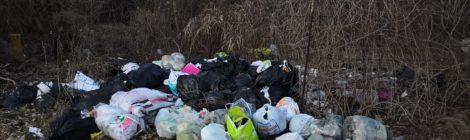Interrogazione. Gardolo: rifiuti abbandonati da persone incivili in aree private. Richiesta attivazione fototrappole.