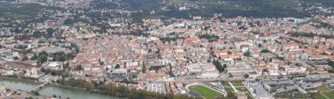 L'Adige 31/12/2019 Mobilità. Trento schiacciata dal traffico privato.